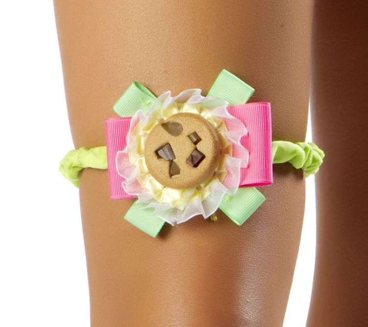 Monster Cookie Garter