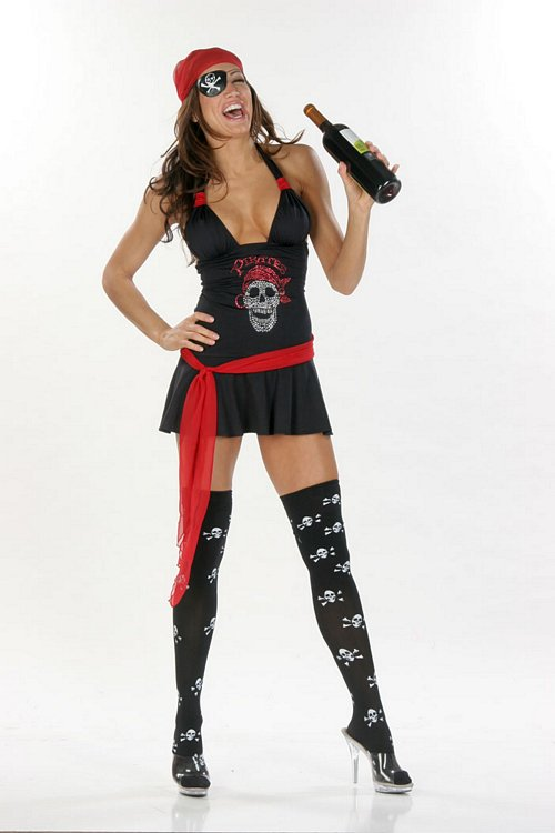 Pirate-Pirate Wench